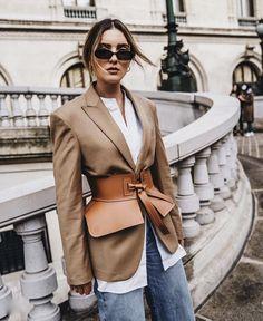 @abeautyfeature Fashion Belts, Look Fashion, Fashion Outfits, Fashion Trends, Fashion Goth, Looks Chic, Looks Style, Black Women Fashion, Womens Fashion