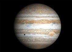 Los aficionados a la astronomía tendrán a partir de esta semana la oportunidad de deleitarse con la alineación de cinco planetas. Redacción BBC Mundo Los planetas se verán entre la Luna y el horizonte de la Tierra Los aficionados a la astronomía tend