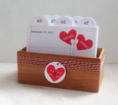 this would be a cute display for place cards!
