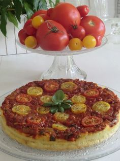 Gluten-free and lactose-free salted tomato and chickpea flour pie - cuisine sans gluten - Raw Food Recipes Raw Food Recipes, Vegetarian Recipes, Cooking Recipes, Healthy Recipes, Gluten Free Cooking, Healthy Cooking, Happy Vegan, Finger Food Appetizers, Foods With Gluten