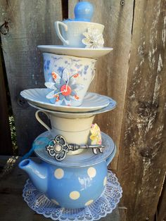 Teapot Centerpiece/Mad Hatter Tea Party Decor/Teacup Wedding Centerpiece/Mad Hatter Bridal Shower/Alice in Wonderland Decorations/Tea Party on Etsy, $76.00