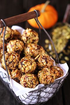 Pumpkin No Bake Energy Bites | These quick and easy treats are perfect for a snack, breakfast or even dessert! gimmesomeoven.com