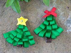 Christmas Tree Ribbon Sculpture: ribbon sculpture,should be an easy DIY