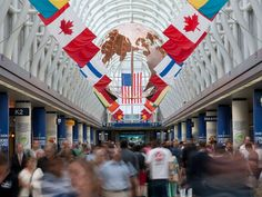 Where to Eat at Chicago O'Hare International Airport (ORD) Great American Bagel, Garrett Popcorn Shops, Ohare Airport, Chicago Restaurants Best, Chicago Airport, O'hare International Airport, Chicago Bars, Airport Food