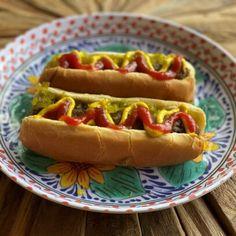 Cauliflower Mashed Potatoes, Cauliflower Bites, Vegan Carrot Hot Dog Recipe, Vegan Hot Dogs, Hot Dog Recipes, Vegan Recipes, Jackfruit Pulled Pork, Carrot Dogs, Banana Nice Cream