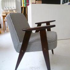 "1 fotel ""366"" J. Chierowski PEPITKA"