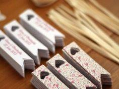 Etiquettes pour contenant à dragées - Mains & Merveilles Décoration