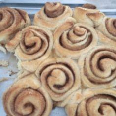Rollos de Canela Fáciles Sin Gluten, Gluten Free, Cinnabon, Flan, Sweet Recipes, Banana Bread, Food And Drink, Keto, Cookies