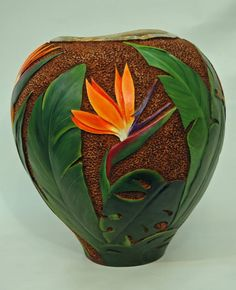 Gourd Art by Gloria Crane Decorative Gourds, Hand Painted Gourds, Pottery Painting Designs, Pottery Art, Vase Crafts, Clay Crafts, Hawaiian Crafts, Cafe Art, Art Carved