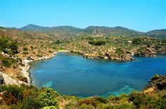 Une plage du Cap de Creus, Costa Brava (Espagne)
