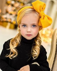 New Cute Children Faces Boys Ideas So Cute Baby, Cute Kids, Cute Babies, Beautiful Little Girls, Beautiful Children, Beautiful Babies, Girl Photography, Children Photography, Blonde With Blue Eyes