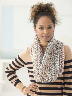 Hudson Cowl (Knit) - Patterns - Lion Brand Yarn