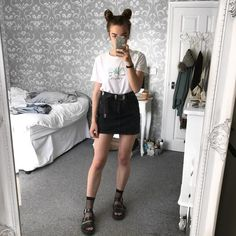 "1,672 Likes, 40 Comments - SOPHIE S. (@sophie.seddon) on Instagram: ""fishnet socks and docs """