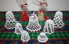 Krásné bydlení: 11 návodů na háčkované zvonky, které jsem sama vyzkoušela pro Vánoce 2018 Yule, Kids Rugs, Christmas Ornaments, Holiday Decor, Anna, Home Decor, Tejidos, Jewlery, Xmas Ornaments
