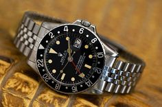 Rolex Watches Collection : Espresso GMT Master - Watches Topia - Watches: Best Lists, Trends & the Latest Styles Sport Watches, Cool Watches, Rolex Watches, Rolex Vintage, Vintage Watches, Rolex Tudor, Watches Photography, Rolex Gmt Master, Expensive Watches