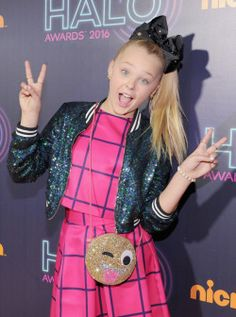 JoJo Siwa is now open on my Faldc/ Edit Team  Comment to join