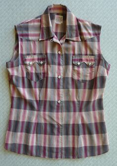 Awesome LEVI'S vintage 1950s 50s women's sleeveless plaid western shirt Shorthorn label Gold lurex thread. Fitted. Levi Strauss Western wear
