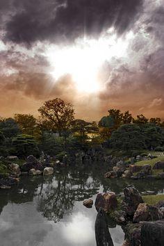 嵐のあとの京都 Kyoto After Storm