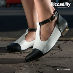 #shoes #sapatos #preto #branco #black #white #comfort #sapato #moda #fashion #cutout #boots #bota #piccadilly