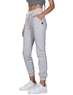 Ladies Fleece Joggers Grey Ladies Joggers, Joggers Womens, Fleece Joggers, Sweatpants, Lady, How To Wear, Fashion, Moda, Fasion