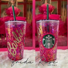 Tumblr Cup, Pink Starbucks, Barbie Birthday, Floating, Cute Mugs, Pink Glitter, Studio, Birthday Party Themes, Tumblers
