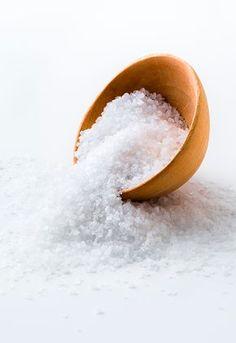 O sal pode ser um grande aliado de uma boa limpeza. Clique e anote as dicas que separamos para você: