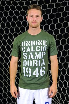 "Mustafi and the T-Shirt ""1946"""
