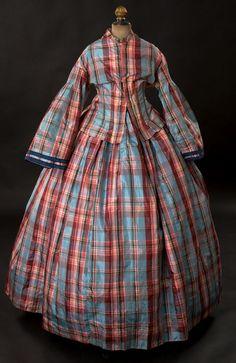 1860s dress via Woodland Farms Antiques.