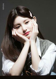 South Korean Girls, Korean Girl Groups, Dragon Family, Home Studio Photography, Yuehua Entertainment, Sistar, My Princess, Pop Group, Idol