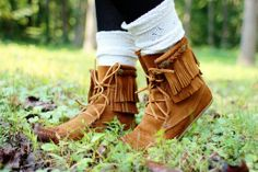 Blogger Spotlight: Jenny Highsmith - Minnetonka Double Fringe Tramper Boot