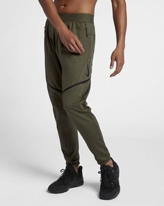 timeless design 9e363 21c71 Nike Dri-FIT Mens Training Pants