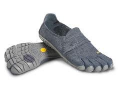 Gift idea: Vibram FiveFingers CVT-Hemp, a minimal trail shoe for the active person who is more at home barefoot than in shoes. #holidaygifts #outdoorgear #spon #footwear