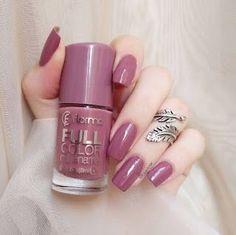 Nail art, nail art designs, nail designs and nails winter. Nail Polish Blog, Dry Nail Polish, Dry Nails, Nail Blog, Nail Polish Colors, Spring Nails, Summer Nails, Coffin Nails, Acrylic Nails