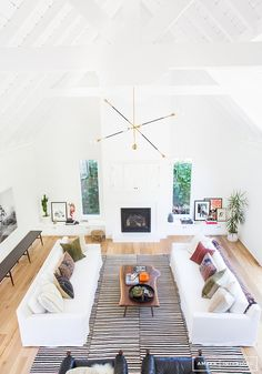 Amber Interiors - Before + After: Client Double Thumbs-Up. Photos by Tessa Neustadt