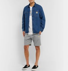 CARHARTT CHASE MÉLANGE FLEECE. #carhartt #cloth Denim Button Up, Button Up Shirts, Vans Sneakers, Jersey Shorts, Carhartt, Men's Style, Casual Wear, Mens Fashion, Cotton