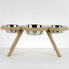 Dual Dog Diner with Center Water Bowl