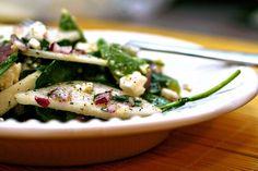 Avocado, spinach, pear salad