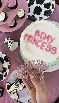 Pretty Birthday Cakes, 18th Birthday Party, Pretty Cakes, Cute Cakes, Its My Bday, Birthday Goals, Birthday Ideas, Cowgirl Party, Bday Girl