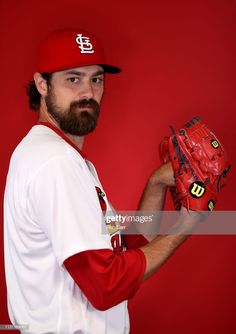 Andrew Miller of the St. Louis Cardinals poses for a photo during photo days at Roger Dean Stadium on February 2019 in Jupiter, Florida. Get premium, high resolution news photos at Getty Images Andrew Miller, Busch Stadium, St Louis Mo, Ml B, St Louis Cardinals, The St, Poses, News