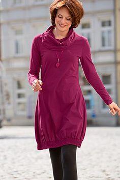 Jerseykleid Ballon! Feminine Silhouette aus hochwertigem Feinjersey. Ein unkompliziertes Kleid, das sich für jeden Tag genau so wie für besondere Anlässe eignet.