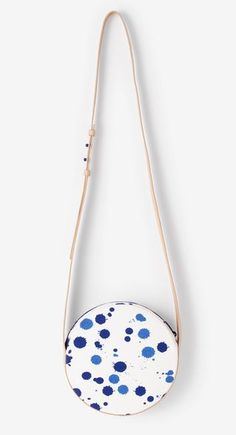 Full-Circle Bag by Kate Spade Saturday // fun design! its hard to find anything by Kate Spade that I don't like... :)