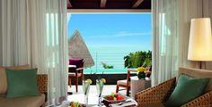 Wunderschöne Natur, weisse Sandstrände und kristallklares Meer – willkommen auf Mauritius!  Verbringe 7 bis 14 Nächte im 5-Sterne Hotel Angsana Balaclava. Im Preis ab 2'195.- sind die Halbpension, der gratis Eintritt in den Wellnessbereich sowie der Flug inbegriffen.  Gelange hier zu dem Ferien Deal: http://www.ich-brauche-ferien.ch/ferien-deal-mauritius-mit-flug-und-hotel-fuer-nur-2195/
