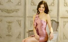 lucy hale latest Widescreen