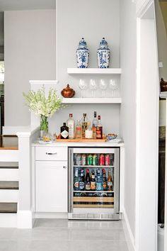 Mini Bars, Bar Sala, Home Bar Designs, Natural Home Decor, Cuisines Design, Basement Remodeling, Basement Decorating, Kitchen Remodeling, Decorating Kitchen
