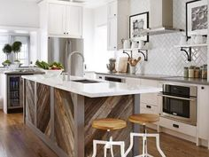 Take calacatta quartz for your kitchen island design, countertops, table top Kitchen Island With Sink And Dishwasher, Rustic Kitchen Island, Wood Kitchen Cabinets, Kitchen Islands, Kitchen Sinks, Sarah Richardson Kitchen, New Kitchen, Kitchen Decor, Kitchen Ideas