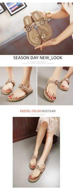 5d5eb1702943a2 Bohemian Toe Wrap Flat Sandal for Women