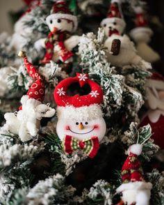 noel, christmas, new year Christmas Wreaths, Christmas Ornaments, Holiday Decor, Instagram Posts, Noel, Christmas Garlands, Xmas Ornaments, Holiday Burlap Wreath, Christmas Jewelry