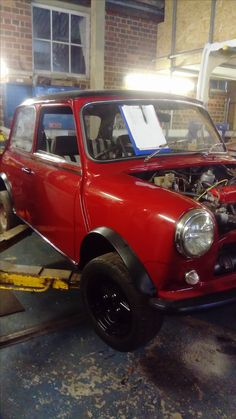 Mini Morris, Classic Mini, Minis, Cars, Autos, Car, Automobile, Trucks