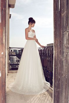 Julie Vino- 2012-2013 Bridal collection- 2 parts strap-less wedding dress with glittering embroidery