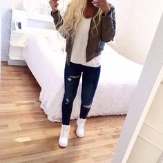 Create your own closet and sell your used clothing, shoes and items in our marketplace. Tomboy Fashion, Fashion Killa, Cute Fashion, Teen Fashion, Fasion, Fashion Outfits, Swag Fashion, Fashion Pants, Outfits For Teens